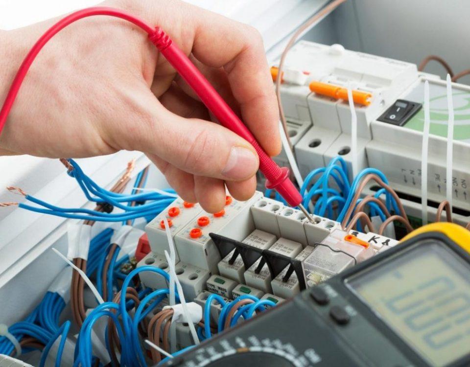manutenção elétrica